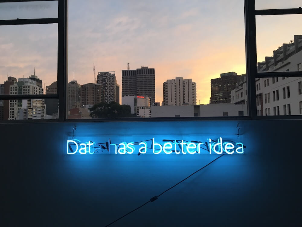 AI Kündtliche Intelligenz